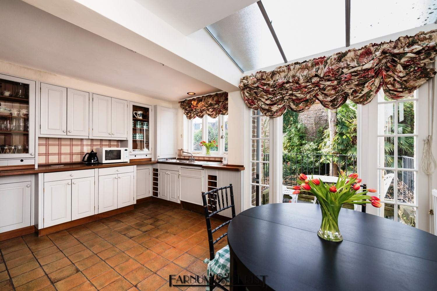 17brithouse-kitchen.jpg