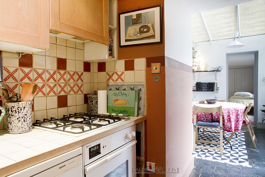09-pc-kitchen.jpg