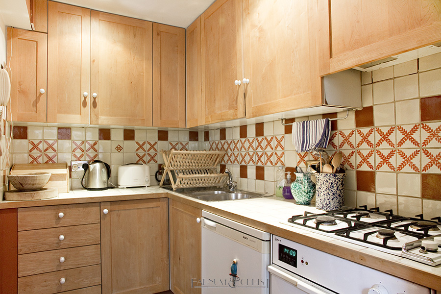 10-pc-kitchen.jpg